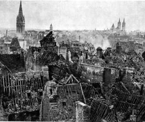 7 décembre 1941 : PEARL  HARBOUR ! Caen-en-ruines-300x251