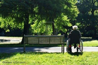 vieillard_fauteuil-roulant