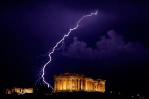 le défaut grec se profile, il en coutera 1500€ par français