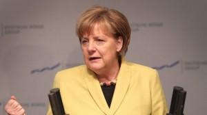 relancer les facilités engendrera une relance de l'endettement des pays du sud que l'Allemagne devra payer...