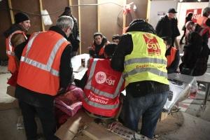 Vinci emploie des travailleurs au oir sur le chantier du métro